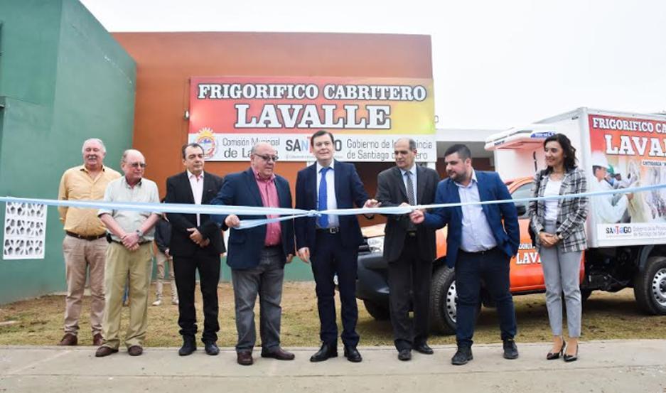 La habilitación del frigorífico apunta a potenciar la cuenca caprina existente en el departamento Guasayán y Choya.