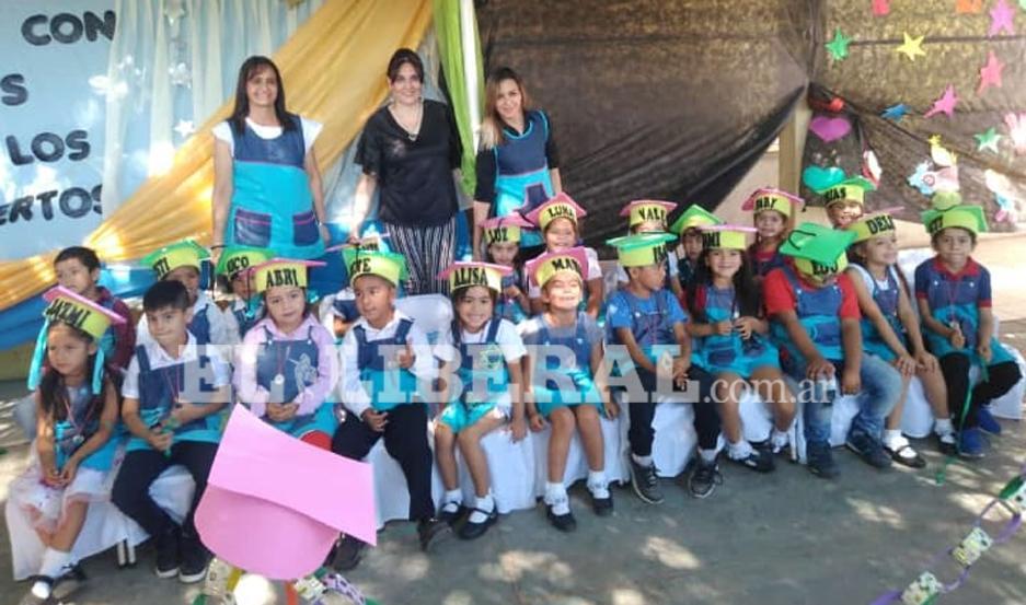 Los niños de la Sala de 5 años tuvieron su emotivo acto de egreso en Laprida.