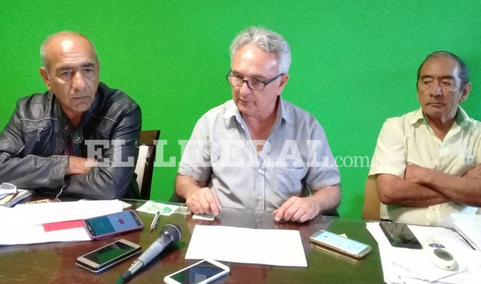 Las autoridades de la Municipalidad dieron a conocer la programación de los festivales en Añatuya.