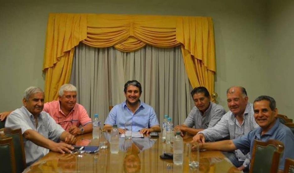 REPRESENTANTES. La decisión del pago para los obreros y empleados municipales se logró en un acuerdo con la Intersindical gremial.