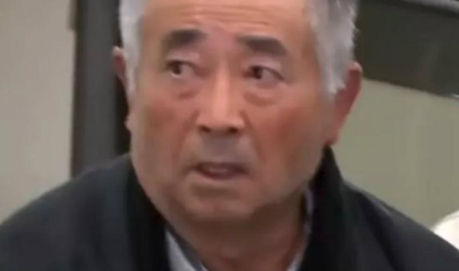 Akitoshi Okamoto de 71 años, fue detenido tras llamar 24 mil veces a su compañía de teléfono.