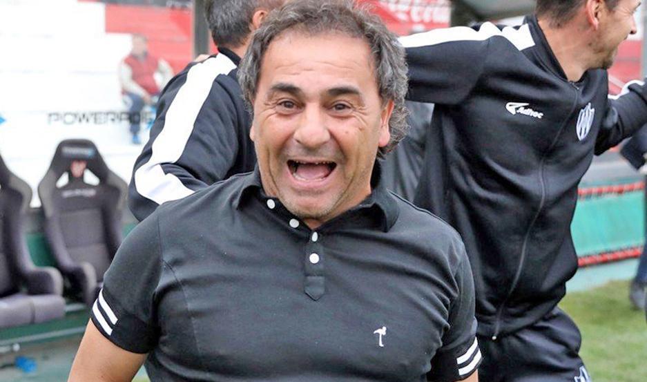 Con el humor que lo caracteriza, el Sapito Coleoni respondió varias preguntas.