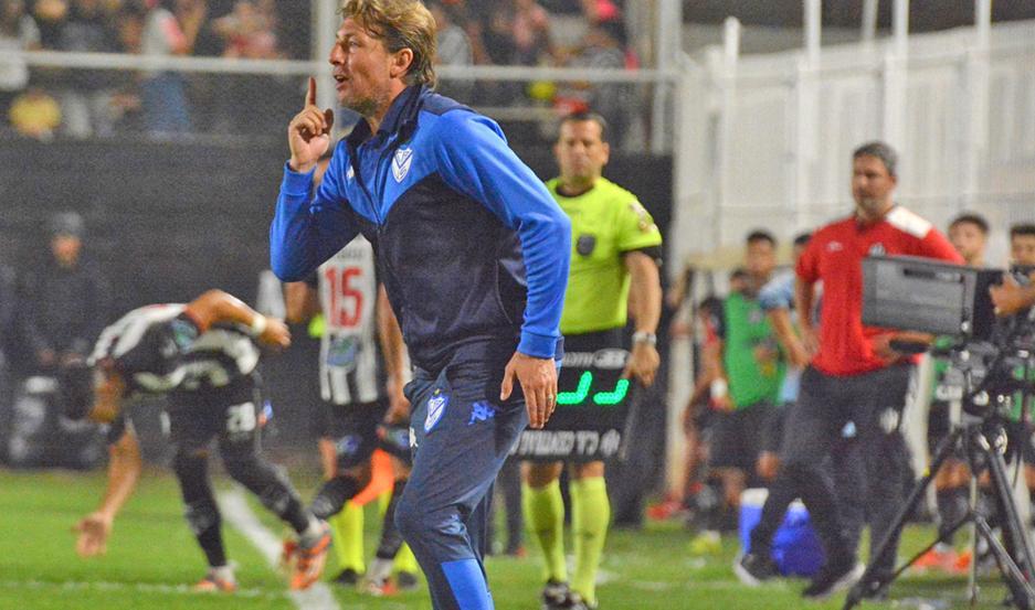 """Por ahora, Heinze seguirá en Vélez hasta junio de 2020, pero podría haber """"Gringo"""" para rato."""