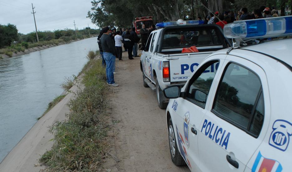 DESPLIEGUE. Miembros del GER, de la División Criminalística y los investigadores trabajaron en el caso.