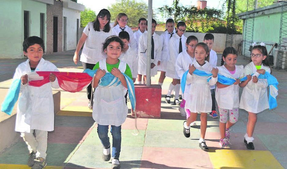 Pertenecen al Jardín de Infantes N° 161, escuela N° 30 Bernardino Rivadavia y el colegio secundario San Antonio.