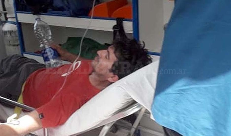 Omar Maldonado fue trasladado en ambulancia hasta el hospital de Recreo, Catamarca.