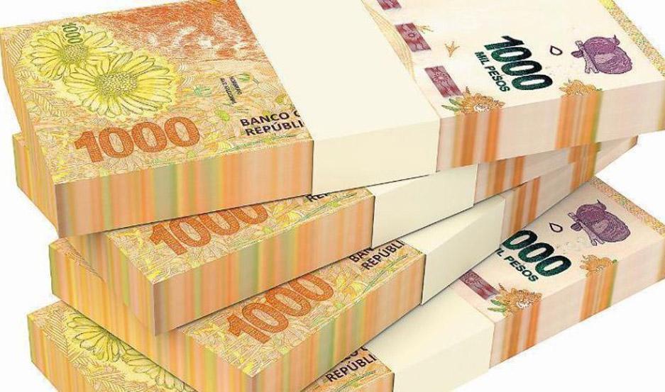 Tras la imposición de controles de cambio el Banco Central aprovecha la demanda forzada de pesos para imprimir.