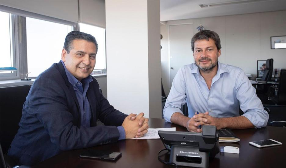 El santiagueño Ricardo Sosa junto al Ministro de Turismo de la Nación, Matías Lammens.