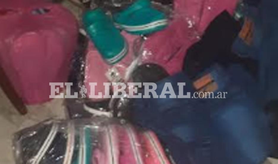 Los bienes recuperados fueron devueltos a la persona que hizo la denuncia.