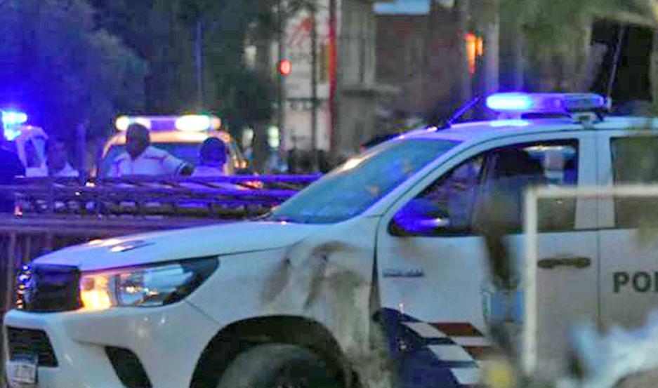 DESPLIEGUE. La Policía intervino para evitar que tomen represalias contra el supuesto abusador.