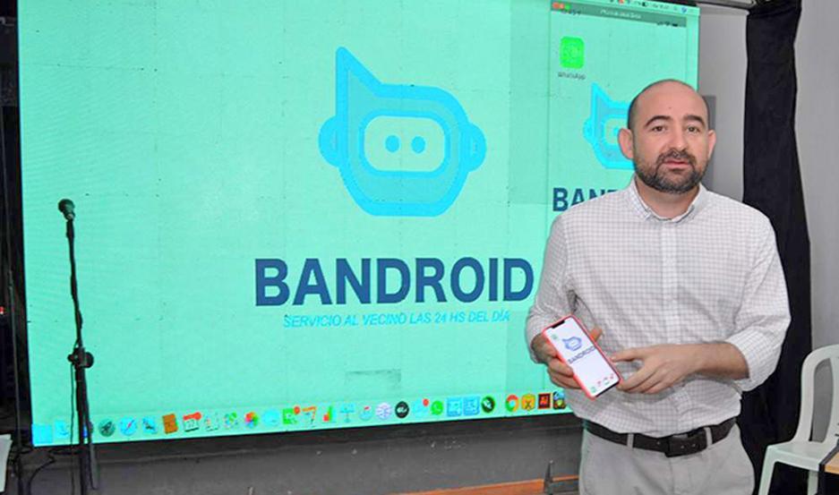 """NEXO. Mirolo dijo que se busca """"promover mayor cercanía entre la gestión y el vecino a través de Whatsapp""""."""