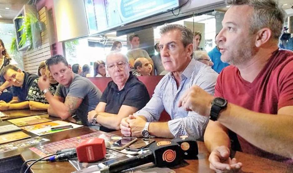 """El sector gastronómico de Carlos Paz pide controles para impedir """"avivadas""""."""