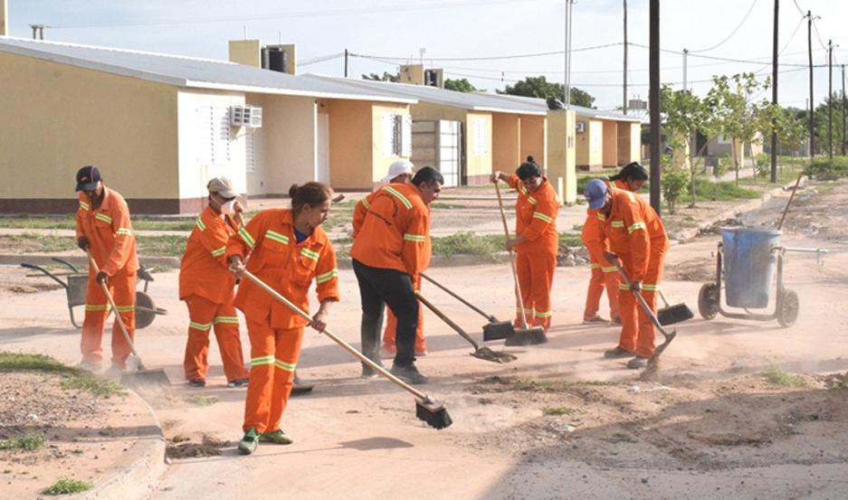 Trabajaron más de 50 empleados municipales.