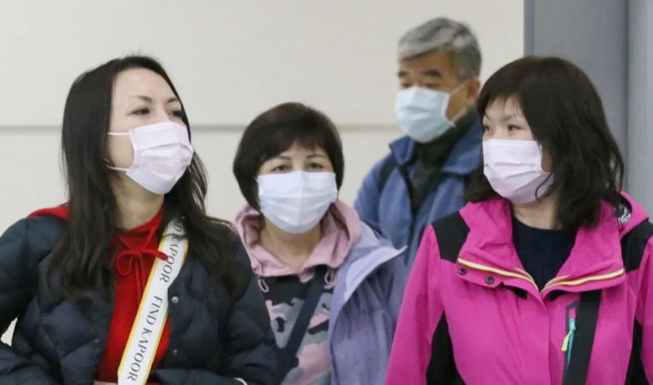 El origen del virus radica en un mercado de marisco y pescado de la ciudad china de Wuhan.