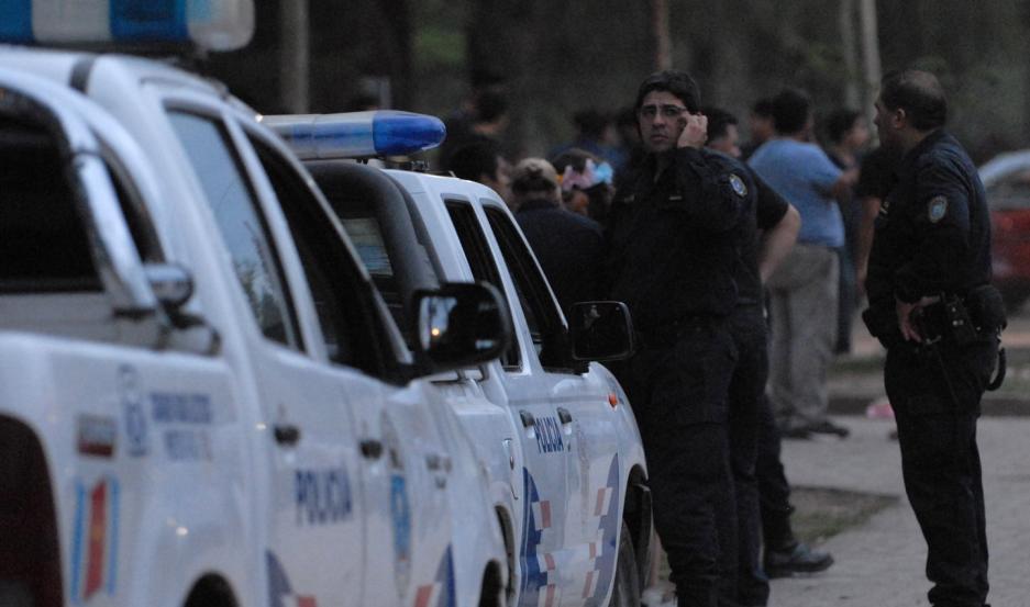 Según la denuncia del damnificado, el hecho ocurrió sobre la autopista cuando salía del boliche.