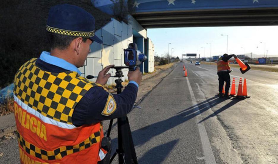 Especialistas indican que deben estar señalizados antes y durante el paso por la zona de control.