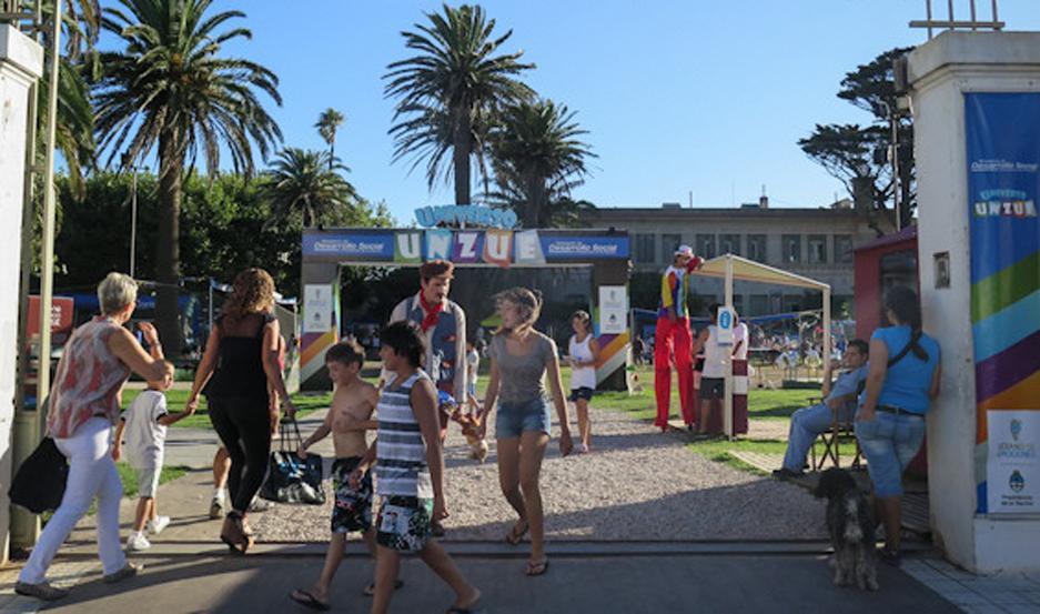 ACTIVIDADES. El espacio cultural invita a disfrutar de los espectáculos de humor, circo, títeres y música.