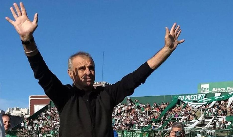 Fallece Carlos Barisio, el portero con el récord de imbatibilidad de Argentina