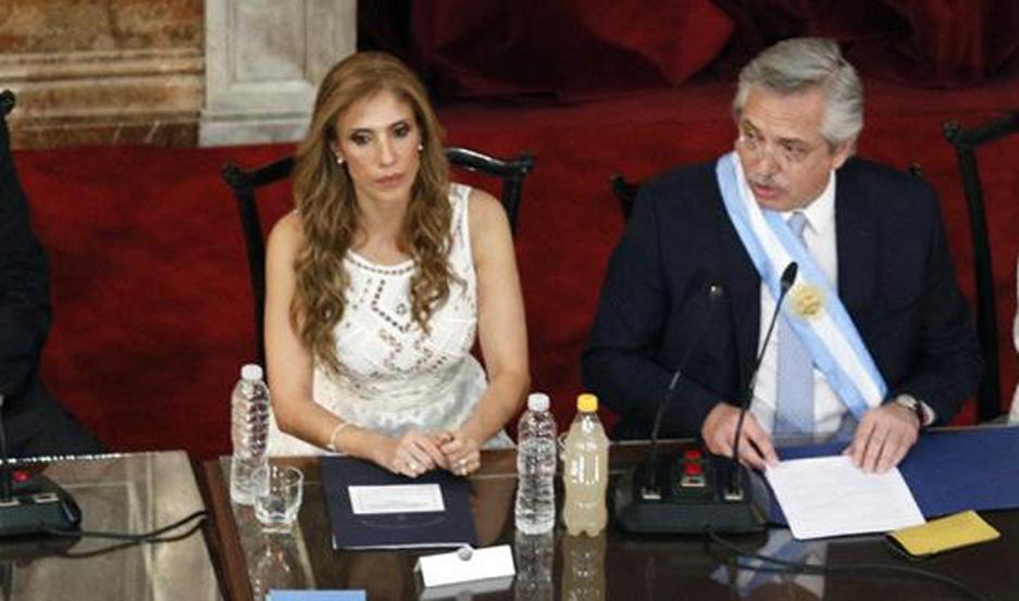 CARGO. La santiagueña ejercerá provisoriamente la Presidencia hasta hoy a las 9.50, momento en que retornará de Europa, Alberto Fernández.