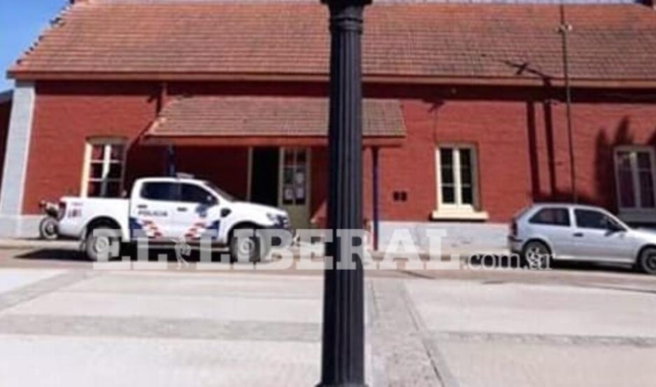 Las autoridades policiales de la Comisaría de Icaño realizan diversos operativos para dar con los acusados.