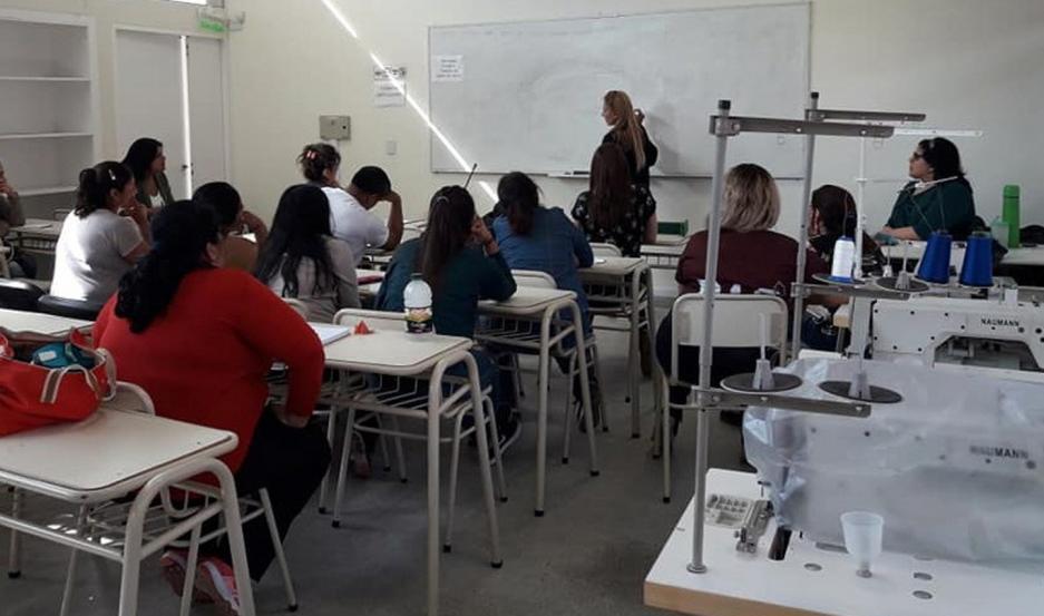 ESPACIO. La Escuela de Artes y Oficios tiene su sede en el predio de la Universidad Nacional en El Zanjón.