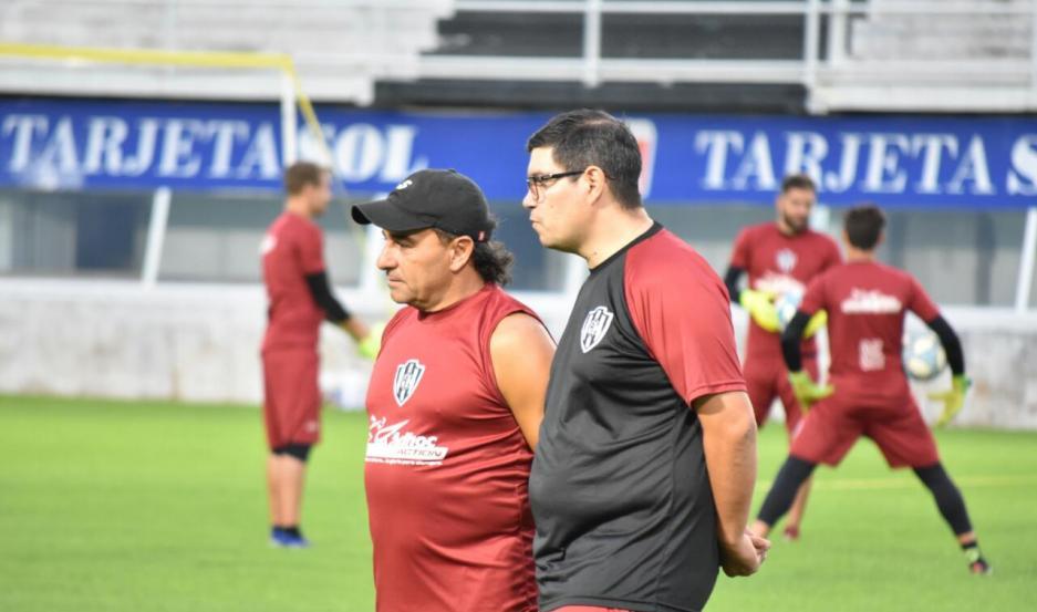 INCÓGNITA. Gustavo Coleoni no confirmó el equipo titular y aguardará hasta momentos antes del partido. Podría rotar nombres en el mediocampo.