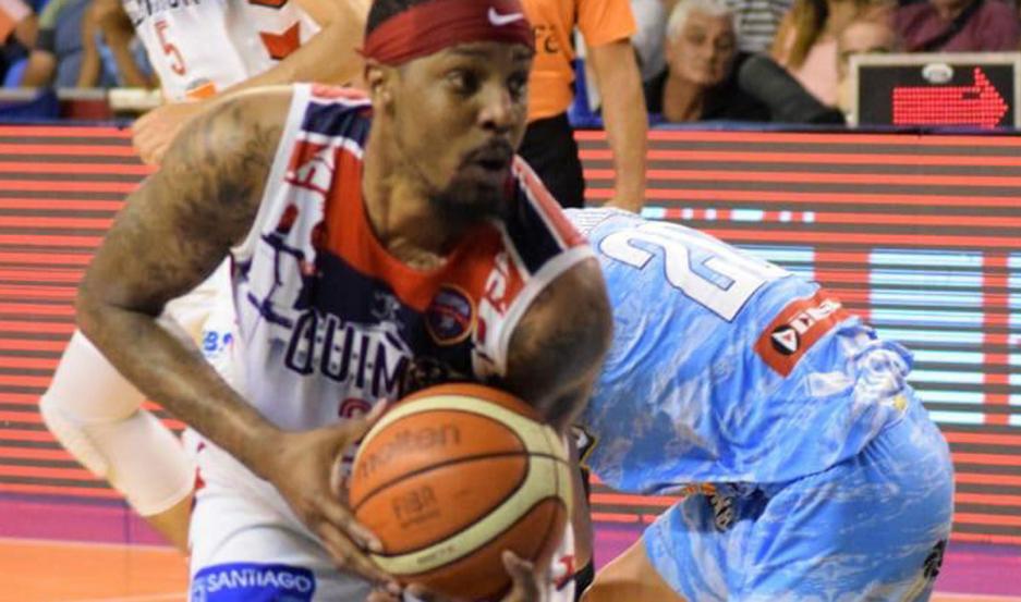 Robinson jugó un gran partido ante Regatas y terminó con 17 puntos, 7 asistencias y 5 rebotes.