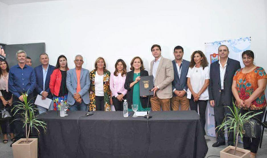 """El encuentro tuvo lugar en el Centro Integrador Comunitario, ubicado en el sector """"C"""" de Villa Balnearia."""