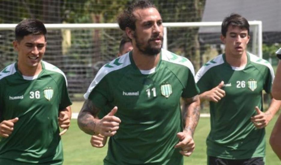 El delantero del Taladro quedó descartado para el partido en el Alfredo Terrera.