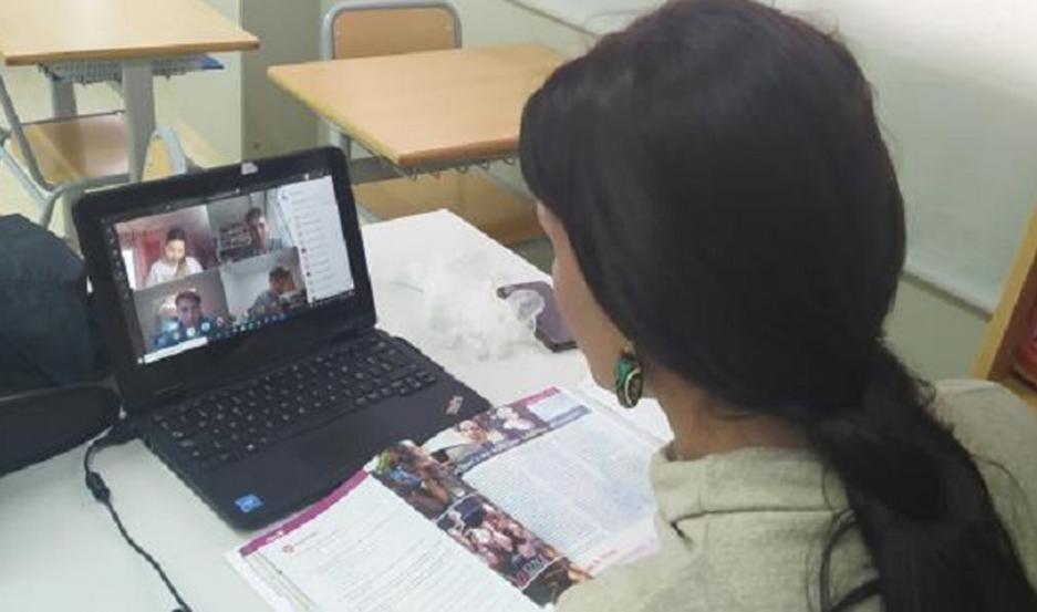 En los colegios indican que por la imposibilidad de impartir clases presenciales usan plataformas online.