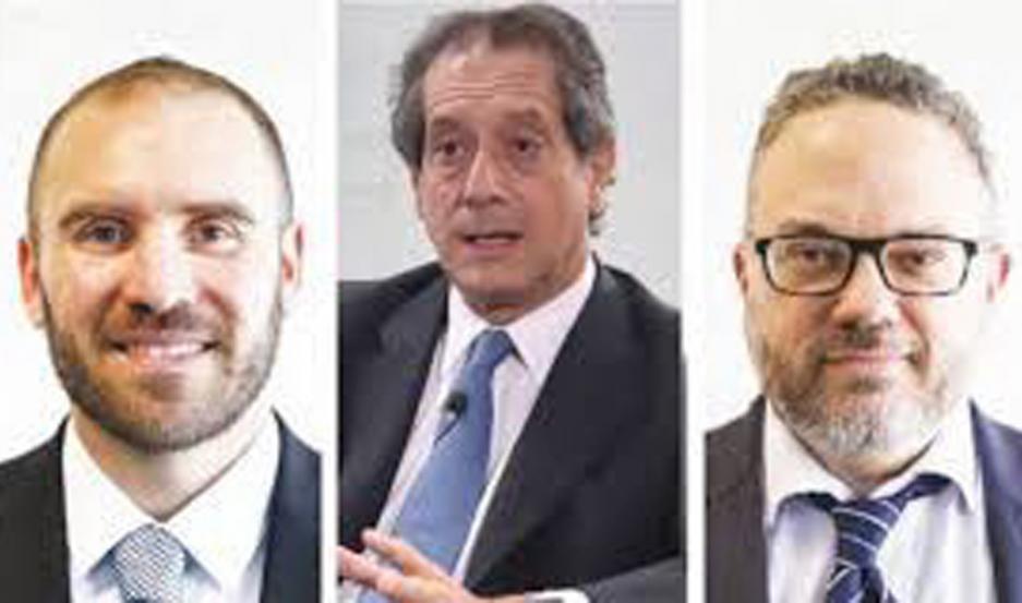 Guzmán, Kulfas y Pesce, en la difícil misión de activar la economía.