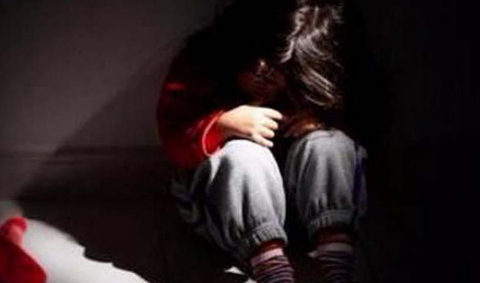La pequeña de cinco años relató el calvario que vivió con el sujeto que además la habría amenazado de muerte.