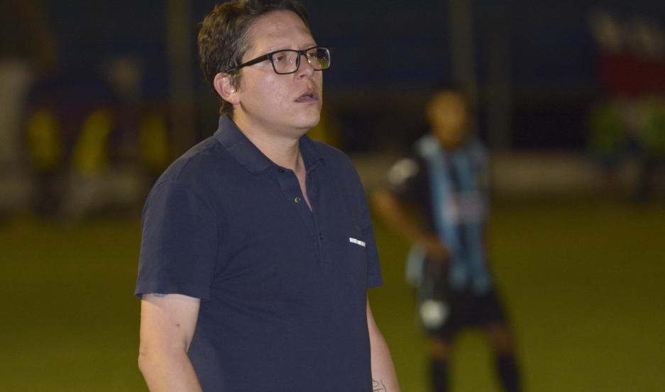 El entrenador no dudó en poner en primer plano el tema de la salud, para después recién pensar en una probable vuelta del fútbol.