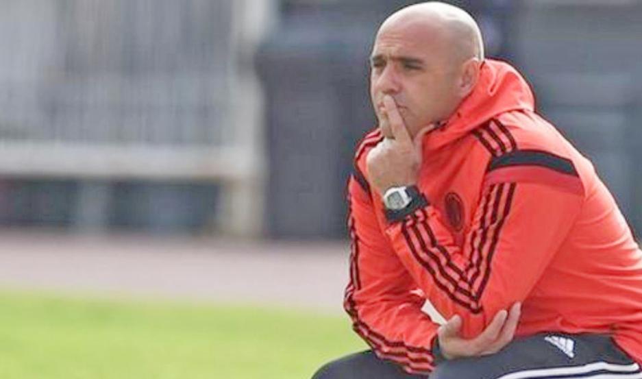 MOMENTO. Villalba viene de dirigir por cinco años la Reserva de River y quiere ahora tener la chance en Primera.