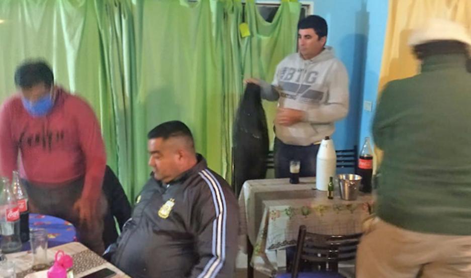 El bar-comedor ya había sido inspeccionado el jueves y también fueron encontrados camioneros en idéntica situación.