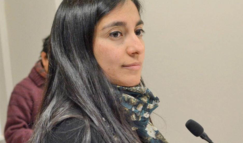 DENUNCIA La novia llegó llorando a la policía. La fiscal Gómez Castañeda dispuso el encierro del violento.