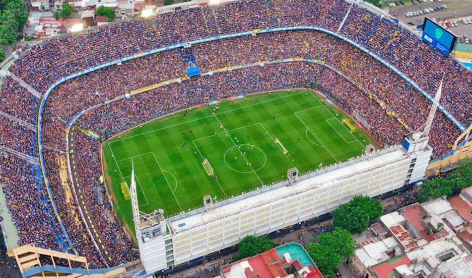 PRESENTE. La Bombonera en la actualidad donde miles de hinchas de Boca viven y sienten la pasión por los colores de la entidad auriazul.