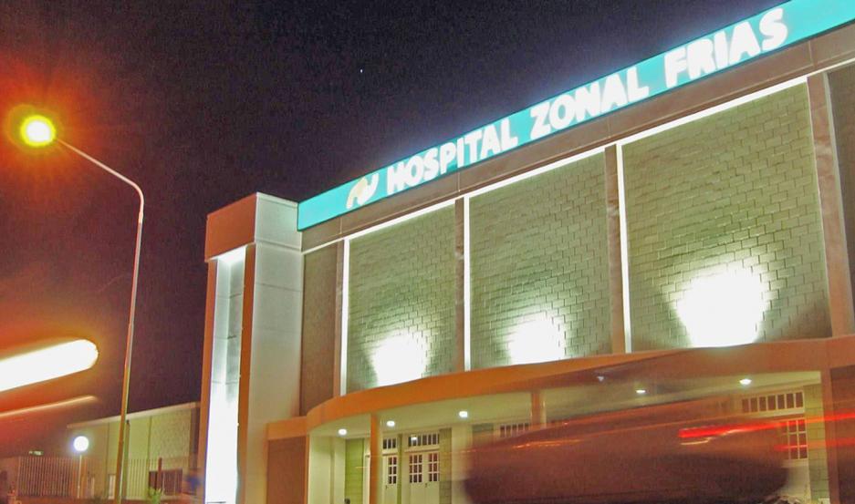 CURACIONES. La víctima fue trasladada de urgencia al Hospital Zona, donde recibió asistencia médica.