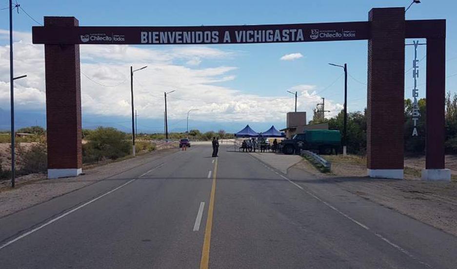 El chofer fue parado en Vichigasta (La Rioja) donde manifestó que había empezado a tener fiebre.
