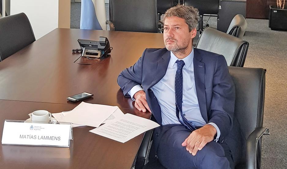 ENOJO. Lammens cuestionó con dureza la determinación de Riestra y no descartó sanciones para la entidad del Bajo Flores..