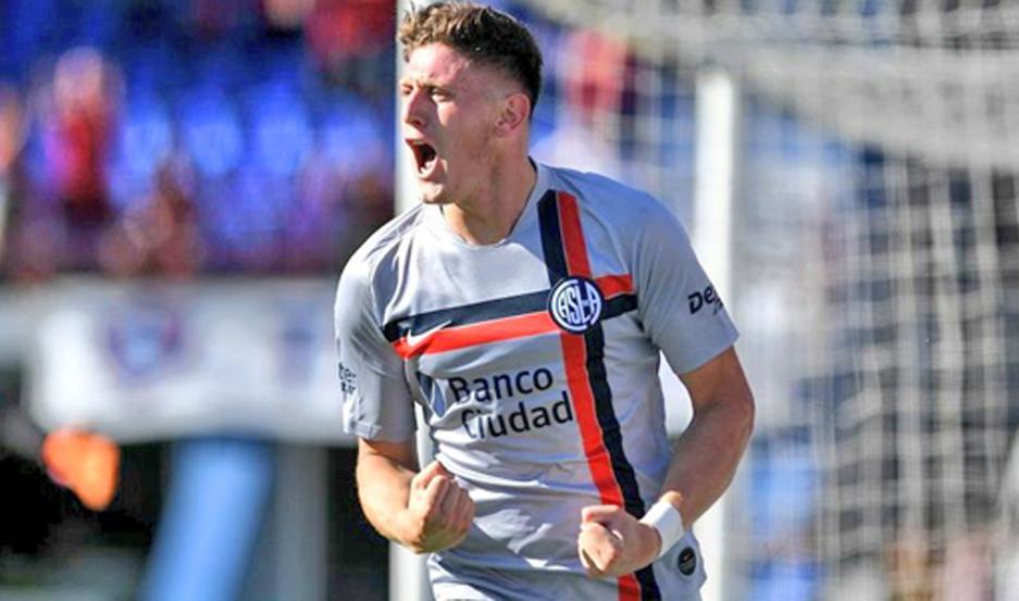 Gaich está a una firma de pasar al fútbol ruso. El delantero será vendido por casi nueve millones de euros.