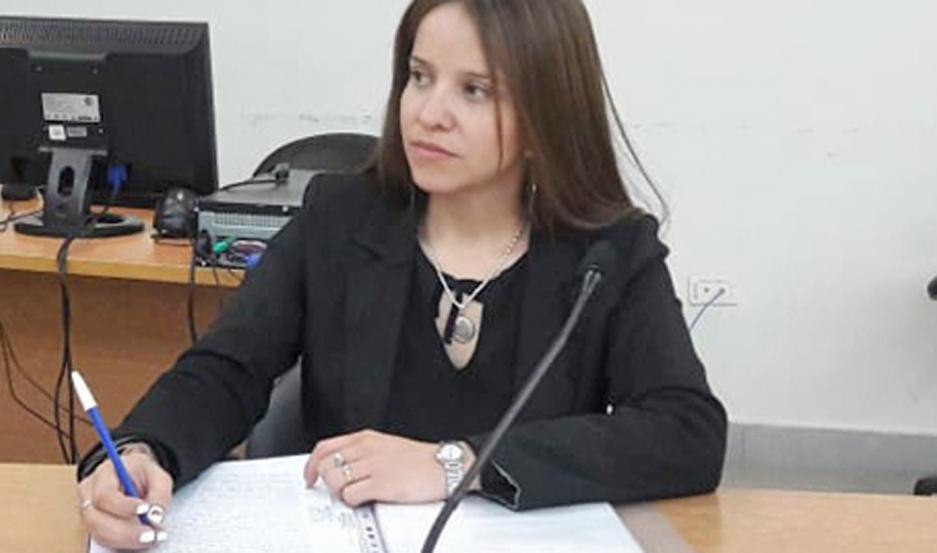Tras la denuncia realizada en la Comisaría Nº2 del Menor y la Mujer, la Dra. Carolina Torres, fiscal de turno, ordenó la aprehensión del acusado.