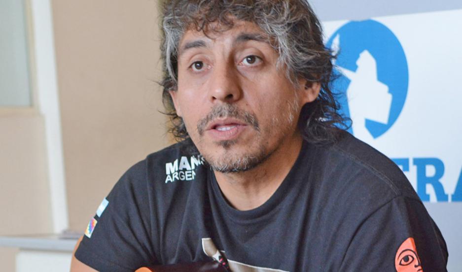 El músico santiagueño se siente honrado de representar a Santiago del Estero en un disco de la cantante española.