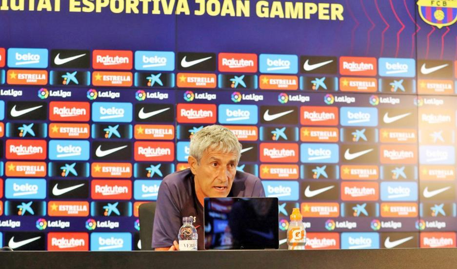 """DISCONFORMIDAD. Setién, entrenador de Barcelona, le dio la razón a Messi. El argentino había dicho que """"jugando así no vamos a ganar la Champions""""."""