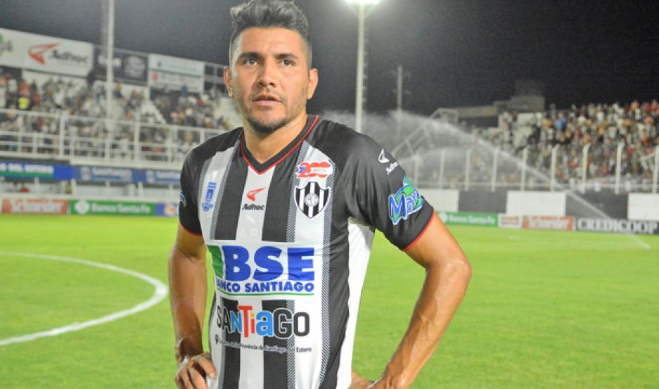 SIN ACUERDO. Gervasio Núñez no renovó su vínculo que venció el 30 de junio y se va de Central Córdoba. Su futuro estaría otra vez en Atlético Tucumán.