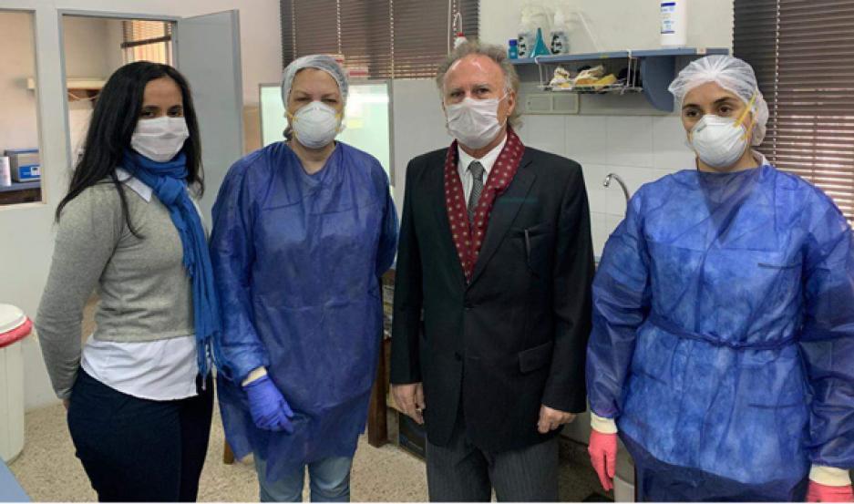 PROFESIONALES. Los especialistas del Instituto trabajan con todas las medidas de seguridad sanitaria.
