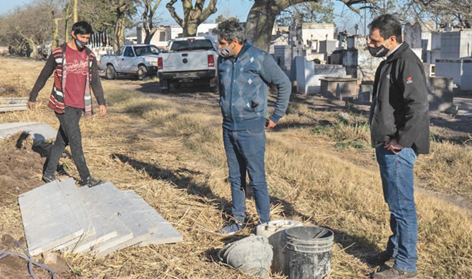 Avanzan los trabajos que se desarrollan en el cementerio.