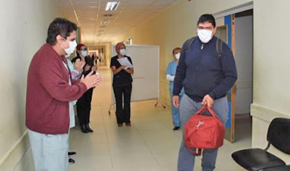 ALICIENTE. De los 201.919 casos positivos, el 44,17% (89.026) recibió el alta médica, destacó el Ministerio de Salud de la Nación.