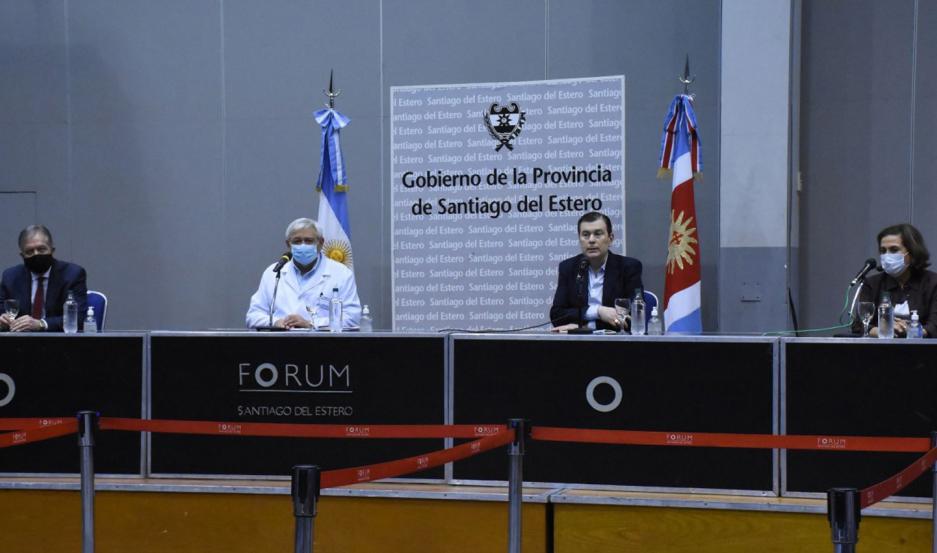 El gobernador brindó una conferencia por el caso del 41 infectado en la provincia.