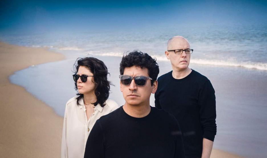 Drea Sánchez, Jonatan Zuñiga y Darko Saric conforman Índigo.